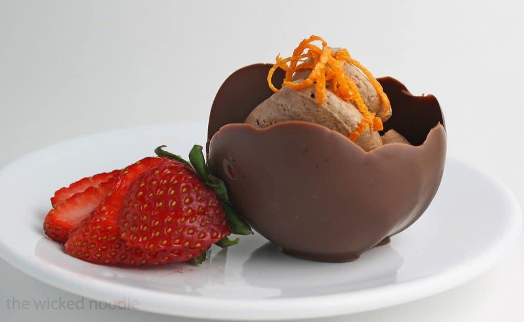 chocolate-cups-wm-2524-x-1552