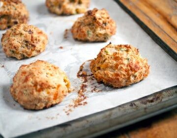 Easy Biscuit Recipe | Cheddar Biscuits