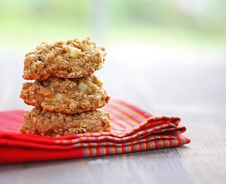 strawberry & apple whole wheat cookies
