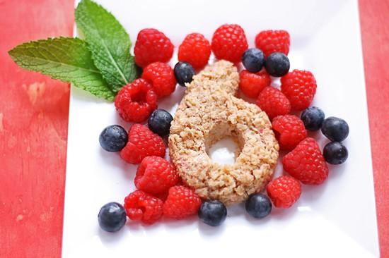 driscoll's strawberry oatmeal