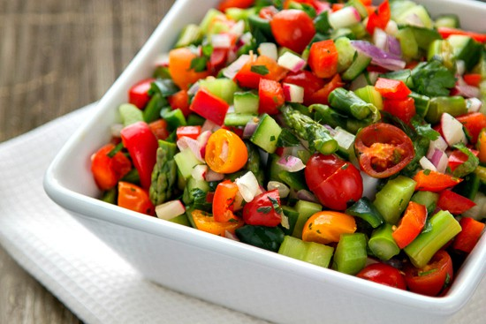 it's so easy to eat healthy all week long with this easy base for delicious, healthy salads!   www.thewickednoodle.com   @thewickednoodle