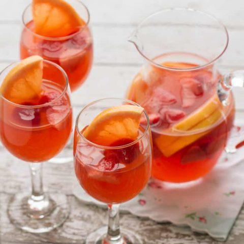 Sparkling Grapefruit Sangria Recipe