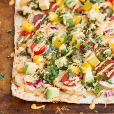 cilantro-lime chicken flatbread recipe with mango & roasted jalapenos