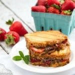 grilled pound cake sandwiches with nutella and strawberries