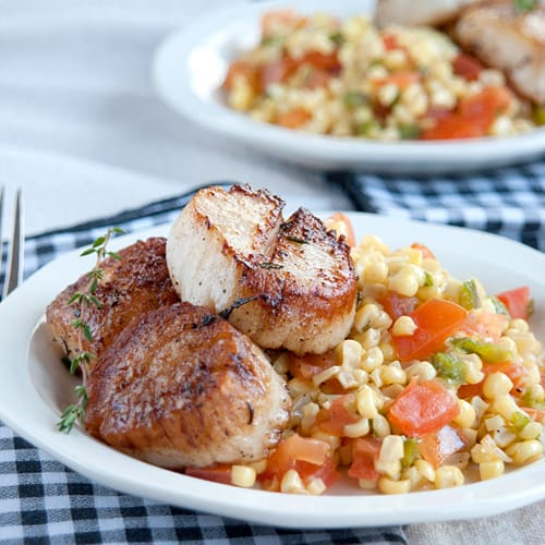 Seared Sea Scallops with Sweet Corn Salad - plus more awesome Scallop Recipes!