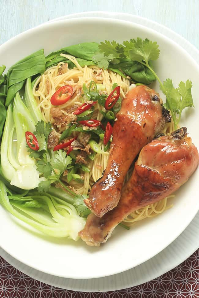 4-ingredient Fish Sauce Chicken Drumsticks with Noodles - plus more easy Chicken Drumstick Recipes!