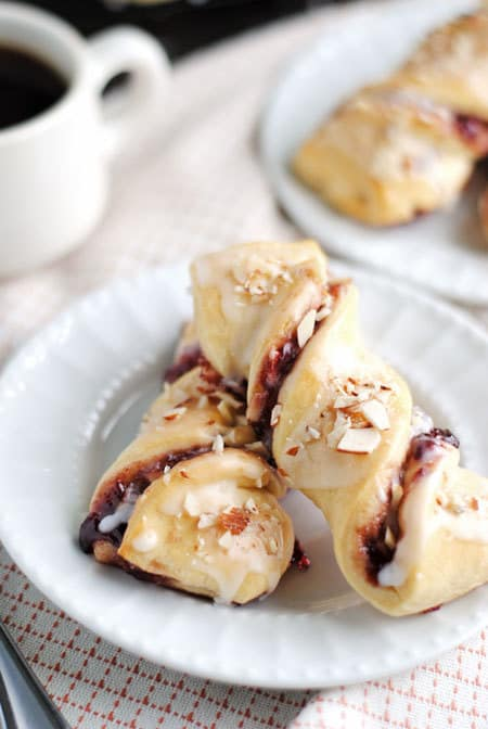 Raspberry Crescent Twists - plus a collection of both sweet and savory crescent roll recipes!