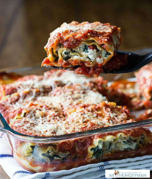 Vegetarian Lasagna Roll Ups with Hatch Chiles - plus 49 more fabulous Hatch Chile recipes!