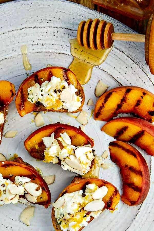 Bruschetta with Peaches, Lemon Ricotta and Honey - it will be your favorite bruschetta recipe!