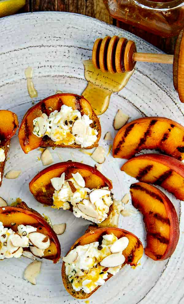 Bruschetta Recipe with Peaches, Lemon Ricotta and Honey • The Wicked ...