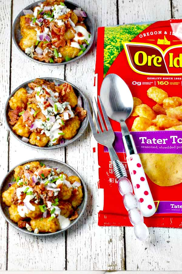 Blue Cheese Burger Totchos - all of your favorite flavors and ingredients from a Blue Cheese Burger served over tater tots for an easy, delicious dish that serves a crowd!