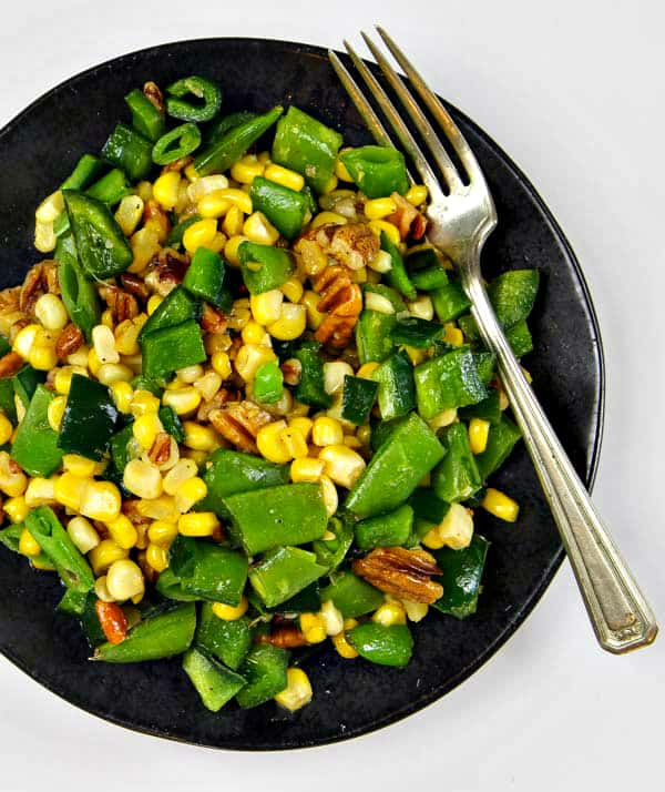 This Sugar Snap Pea Salad has just five ingredients and so much flavor! Super fast and healthy!