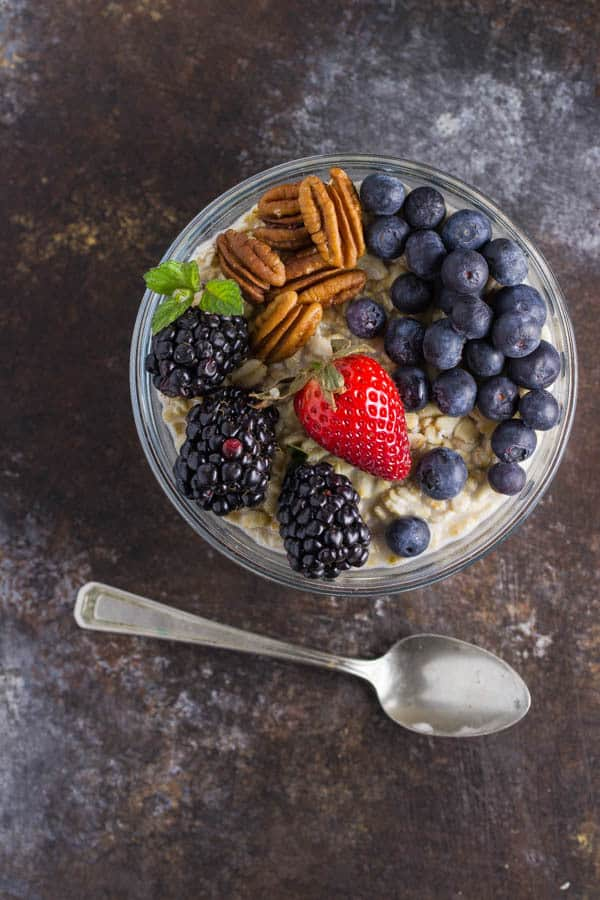 Overnight Oatmeal is a cinch to throw together (about a minute!!) and produces a healthy, super delicious and convenient breakfast!