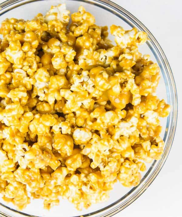 Peanut Butter & Maple Gourmet Popcorn - so simple you won't believe it! And sooo addicting!