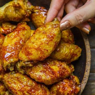 How to Bake Chicken Wings so they're CRISPY & AMAZING