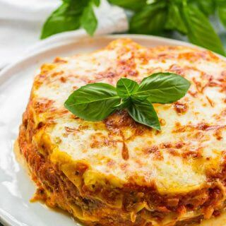 EASY Instant Pot Lasagna