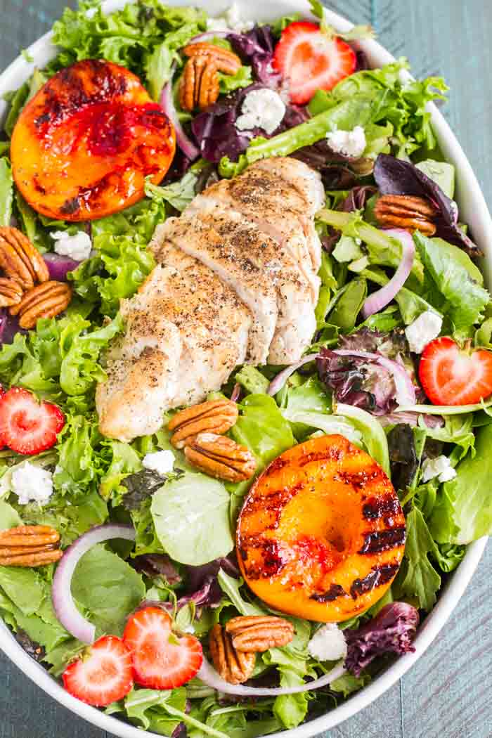 This Grilled Nectarine Salad with Garlic-Pepper Chicken is healthy, has tons of flavor and will fill you up the right way!
