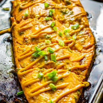Baked Salmon with Sriracha Mayo