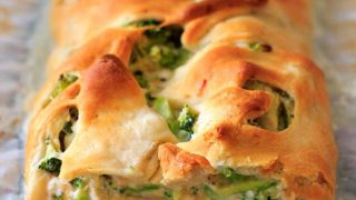 Broccoli Crescent Wrap