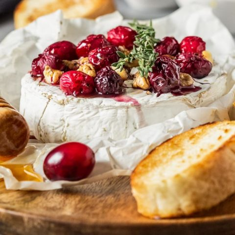 Baked Camembert with Cranberries and Walnuts